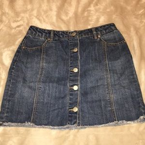 high waisted dark blue skirt